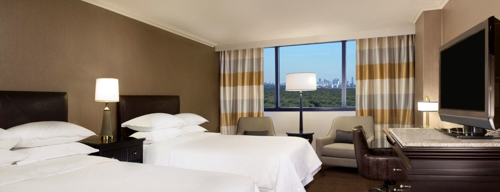 Double Guest Room - Sheraton DFW Airport Hotel