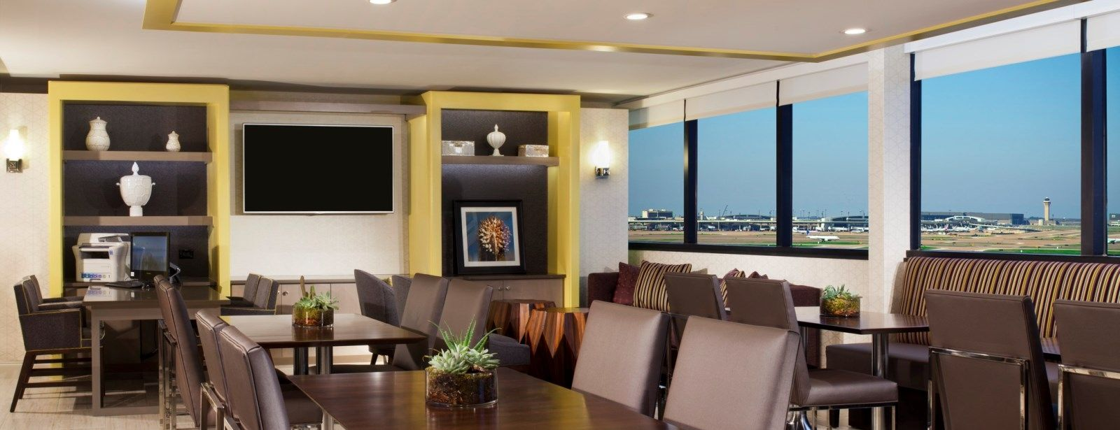 Club Level Room - Sheraton DFW Airport Hotel